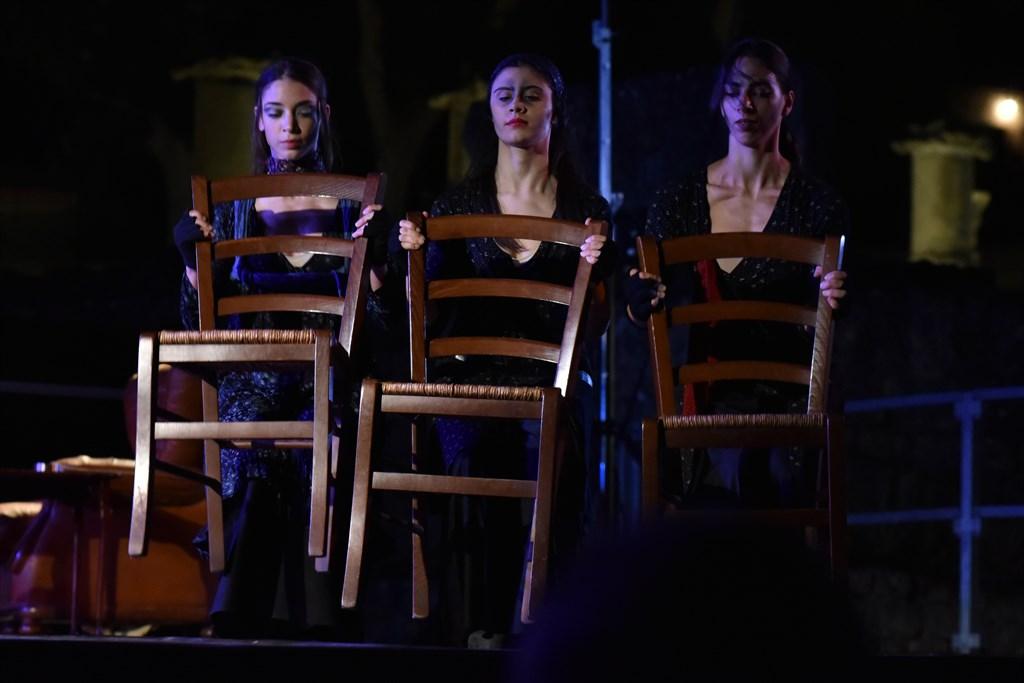 """""""La Donna a Tre Punte"""" di A.Camilleri"""